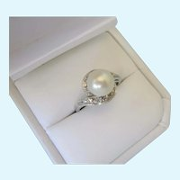 Elegant 14K White Gold, Diamond and 8mm Cultured Pearl Ring, Size 5