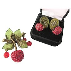 Vintage Sweet Romance Brooch and Pierced Earring Set