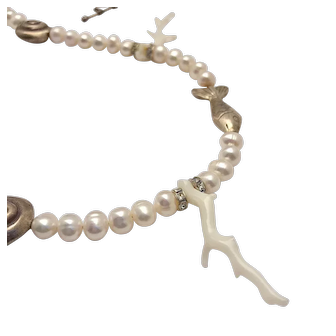 CORAIL BLANC - White coral, Silver & Freshwater Pearls Necklace