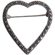 Pretty Vintage Sterling Silver Marcasite Sweetheart Pin