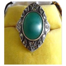 Vintage Art Deco Sterling Silver Marcasite Crysoprase Paste Ring