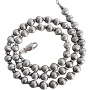 Vintage Sterling Silver Ribbed Beads Necklace