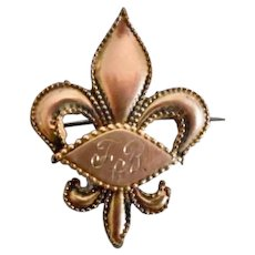 Victorian Gold Plated Fleur De Lis Pin/Watch Holder