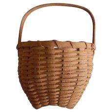 Folk Art Hand Made Mustard Painted Shaker Style Miniature Basket