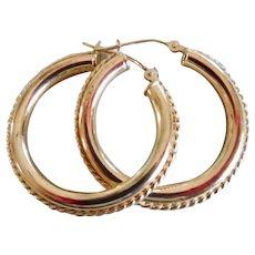 Lovely 14k Yellow Gold Ribbed Hoop Earrings
