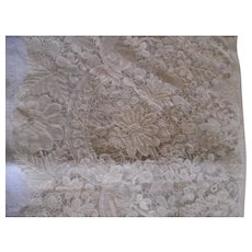 Vintage Point De Venice Lace Set of 6 Place Mats