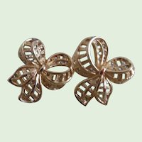 Lovely 14K Yellow Gold Vintage Bow  Post Earrings