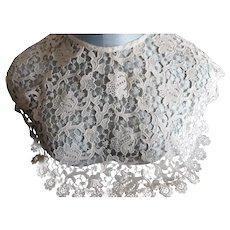Antique Victorian Beautiful  Cream Lace Collar