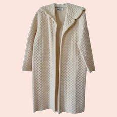 Vintage Ladies Early 1960s Cream Spring Wool Waffle Weave Coat