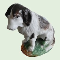 Antique Victorian Porcelaine Small Hunting Dog Figurine