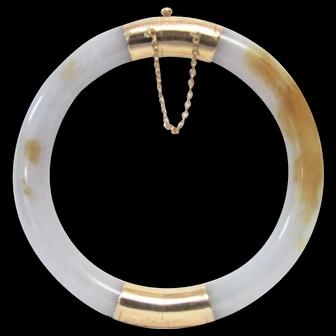 Vintage Estate 14K Gold Hinged Translucent  Jade With Veining Bangle