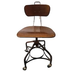 """Early 1900s American Industrial """"Uhl Art Steel"""" Adjustable Chair by The Toledo Metal Furniture Company"""