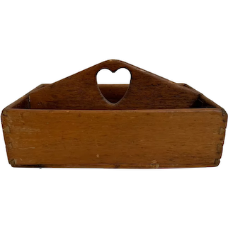 Primitive Dovetailed Pine Cutlery Box with Pierced Heart Shaped Handle