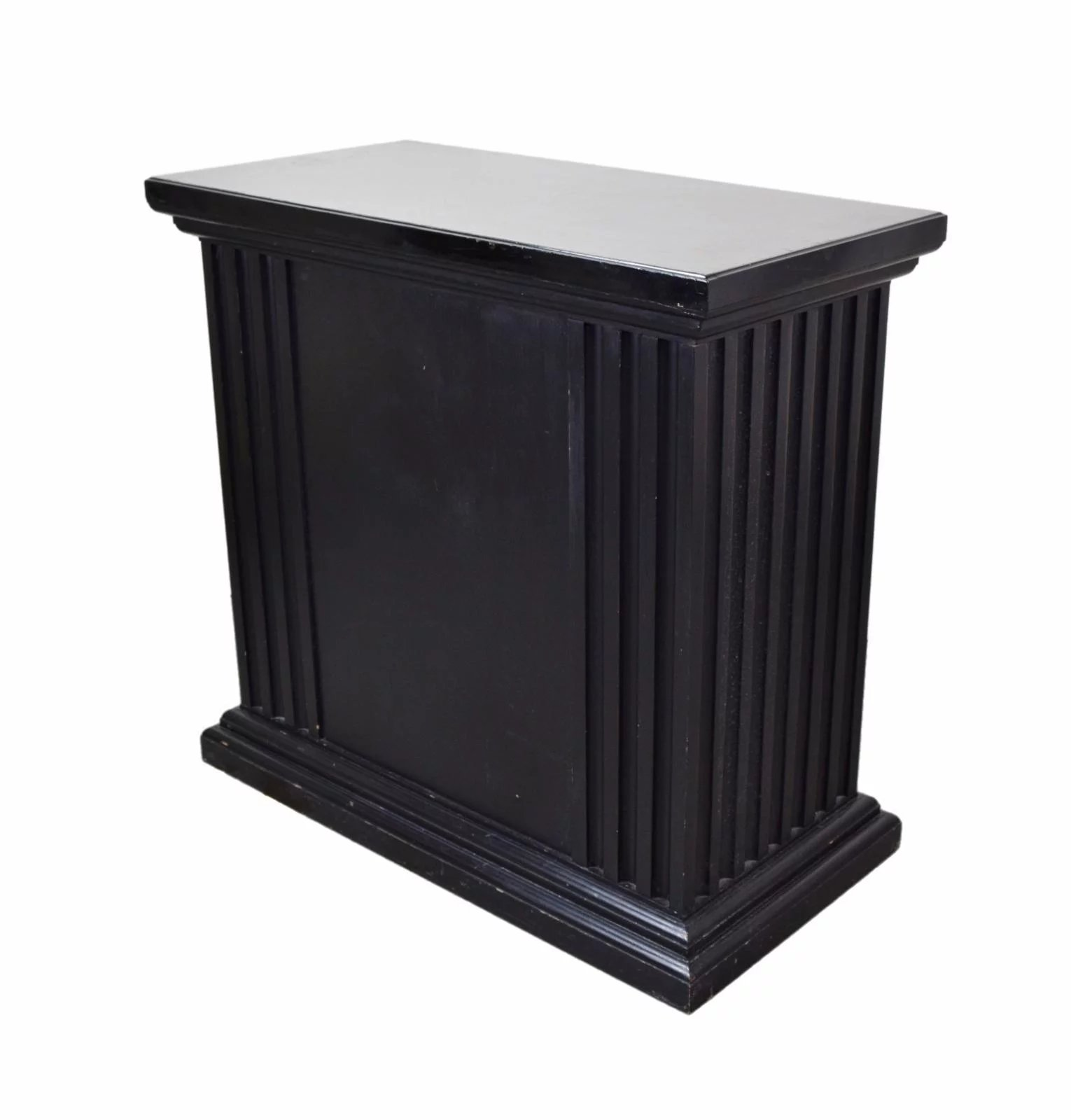 black thingstobuynsell pedestal product