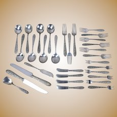 31 piece Manchester Southern Rose Repousse Sterling Silver Flatware Lot