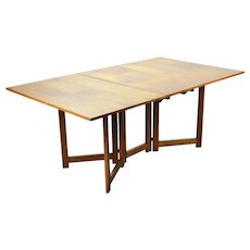 Vintage Mid-Century Modern Gateleg Double Drop Leaf Walnut Dining Table