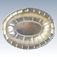 Vintage Hand Hammered Ecuadorian .900 Sterling Silver Oval Serving Bowl Tray