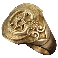 Vintage Estate Solid 10k Yellow Gold Masonic Ring with Large Initial G