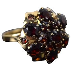 Vintage Mid-Century Estate Garnet Umbrella Ring 14k Solid Gold