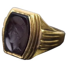 Vintage 1940's Men's 10k Solid Gold Ring Carnelian Intaglio Head Roman Warrior