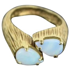 Vintage Estate 14k Solid Carved Gold Ring w Pair of Tear Drop Opals