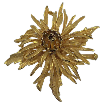 Vintage signed COROCRAFT goldtone flower brooch