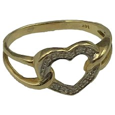 Vintage 14K Gold & Diamond Heart Ring size 9