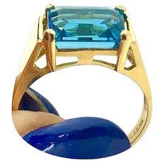 14K Gold London Blue Topaz Ring hallmarked size 7.25
