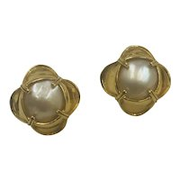 Vintage 14K Gold & Mabe Pearl Post Earrings