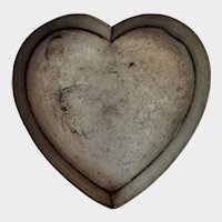 Old Large Heart Cake Mold Pan