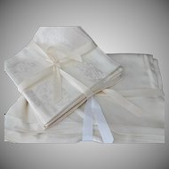 Vintage Damask Table Cloth and Napkins Set