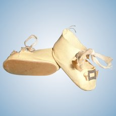 Nice Oil Cloth Buckle Design Shoes for Composition or Bisque Doll