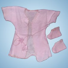 """Authentic Effanbee Dy-Dee Baby Tassle Robe w/ Matching Booties for 15"""" Doll"""