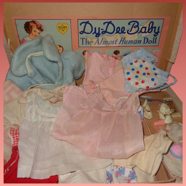 853b752ead Effanbee Dy-Dee Box with Accessories and Clothing for 11