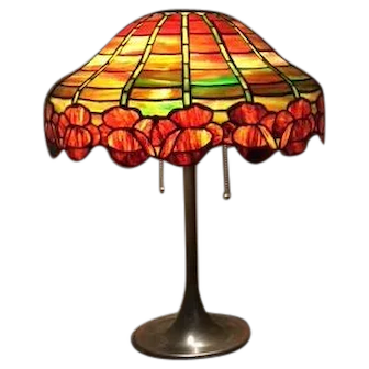 91-Unique Art Glass Co Leaded Lamp