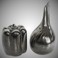 Kirk Stieff Pewter Onion and Pepper Salt & Pepper figurine Shakers