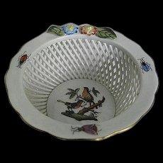 HEREND Rothschild Bird Openwork Basket w/Flowers - made in Hungary - Handpainted