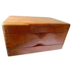 Two compartment wood box