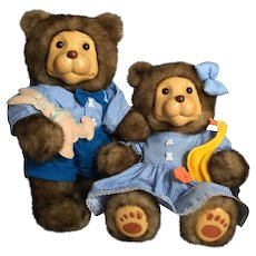 Raikes Betty and Glen Bears