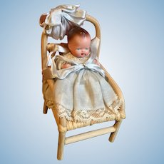Caco Baby in Chair