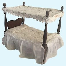 Hall's Doll Canopy Bed