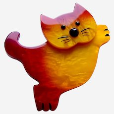Vintage Pavone brooch pin leaping cat design orange ombre galalith