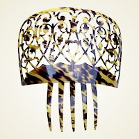 Spanish mantilla comb large celluloid faux tortoiseshell hair accessory
