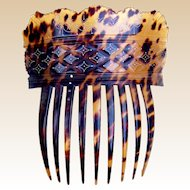 Early Victorian natural pressed tortoiseshell hair comb with gold pique inlay hair accessory
