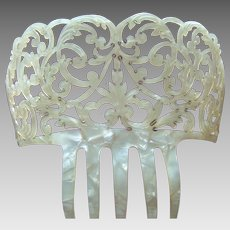 Spanish mantilla summer bridal hair comb mother of pearl effect mid century headdress