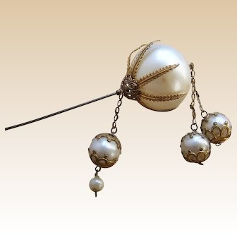 Victorian Hairpin or hatpin faux pearl dangle hair ornament