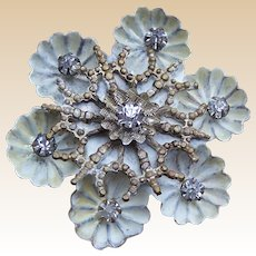 A handsome rhinestone late Victorian floral design hat pin (ACG)