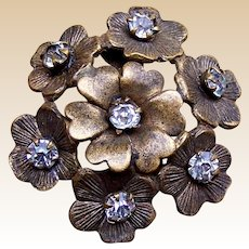 A handsome bronze metal late Victorian hat pin (ACQ)