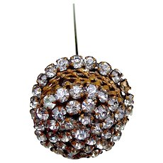 A handsome rhinestone late Victorian hat pin (ACS)