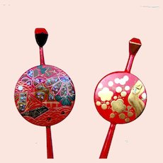 2 red lacquer hair pins vintage Japanese kanzashi hair accessories (ABV)